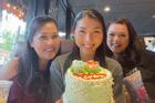 Bà xã Chí Tài gây chú ý khi xuất hiện trong tiệc sinh nhật Ngọc Quyên