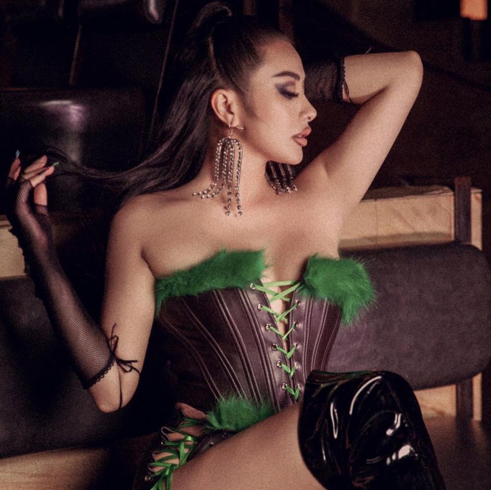 Yaya Trương Nhi đăng ảnh sexy liền nhận hàng loạt bình luận phản cảm-8