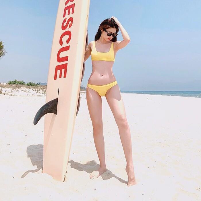 Diễm My 9X diện bikini cắt xẻ táo bạo, đi một bước dân tình thót tim một nhịp-4