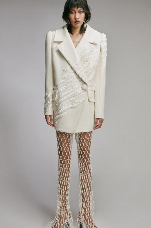 Xu hướng thời trang hè 2021: Sự trở lại của những bộ đồ Crochet-8
