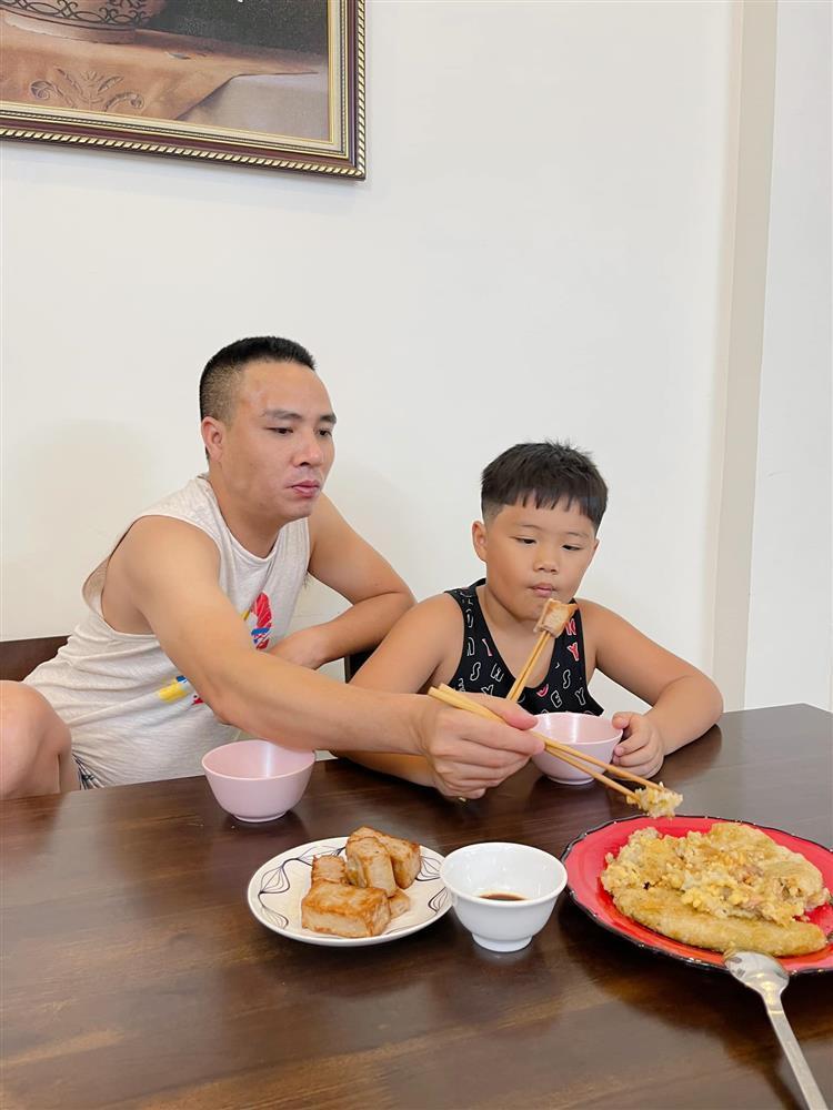MC Hoàng Linh tiết lộ quan hệ giữa Mạnh Hùng với 2 con riêng-8