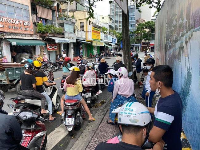 Trang Trần bị công an dẫn đi sau buổi live hẹn gặp anh em xã hội-2
