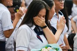 KHẨN: TP.HCM quyết định cho học sinh cuối cấp dừng đến trường từ 28/5