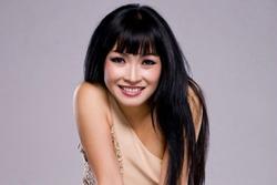 Phương Thanh chuẩn bị tham gia đường đua livestream, ẩn ý 'thanh lọc showbiz'?