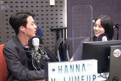 Hyeri bị chỉ trích vì cử chỉ tình tứ với Jang Ki Young