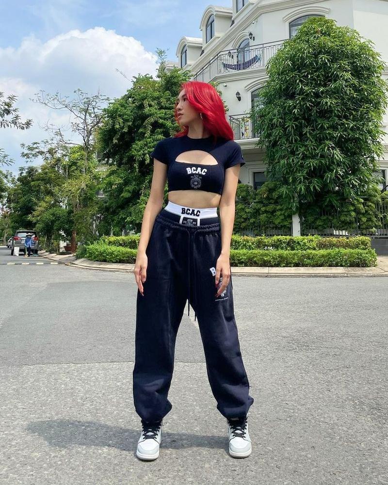 Street style đầu tuần: Sao Việt mê mệt sắc hồng cánh sen trendy-1