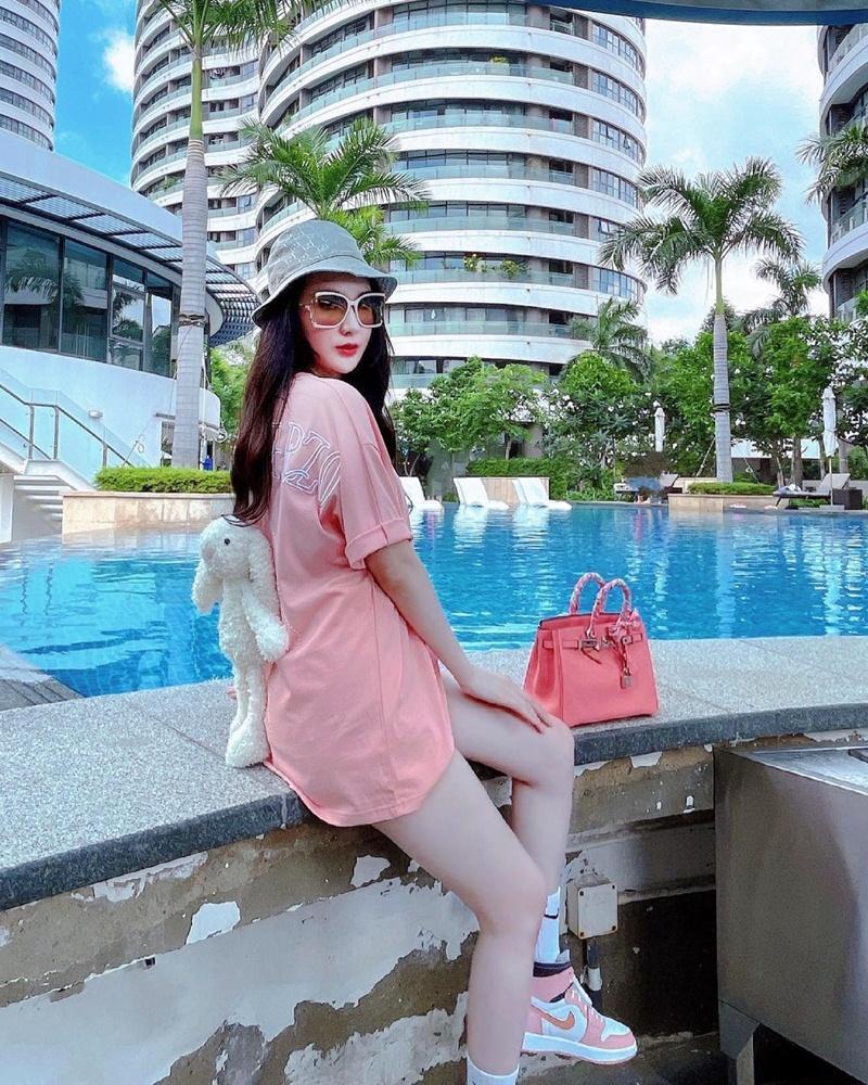 Street style đầu tuần: Sao Việt mê mệt sắc hồng cánh sen trendy-8