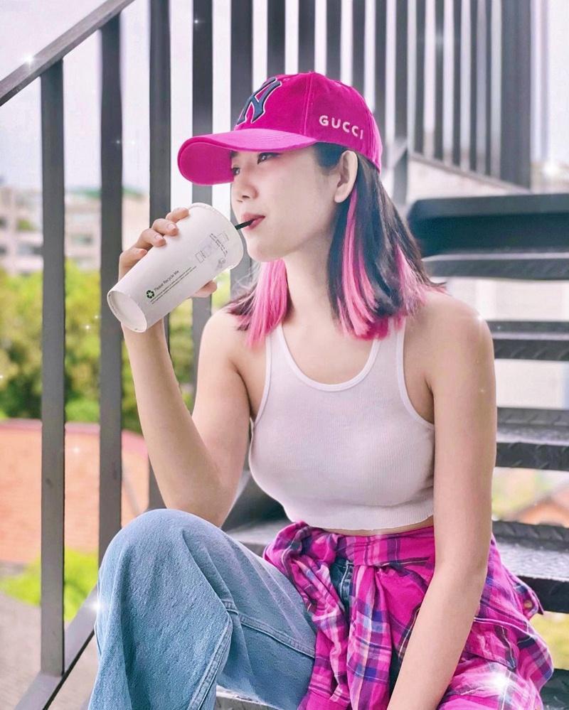 Street style đầu tuần: Sao Việt mê mệt sắc hồng cánh sen trendy-9