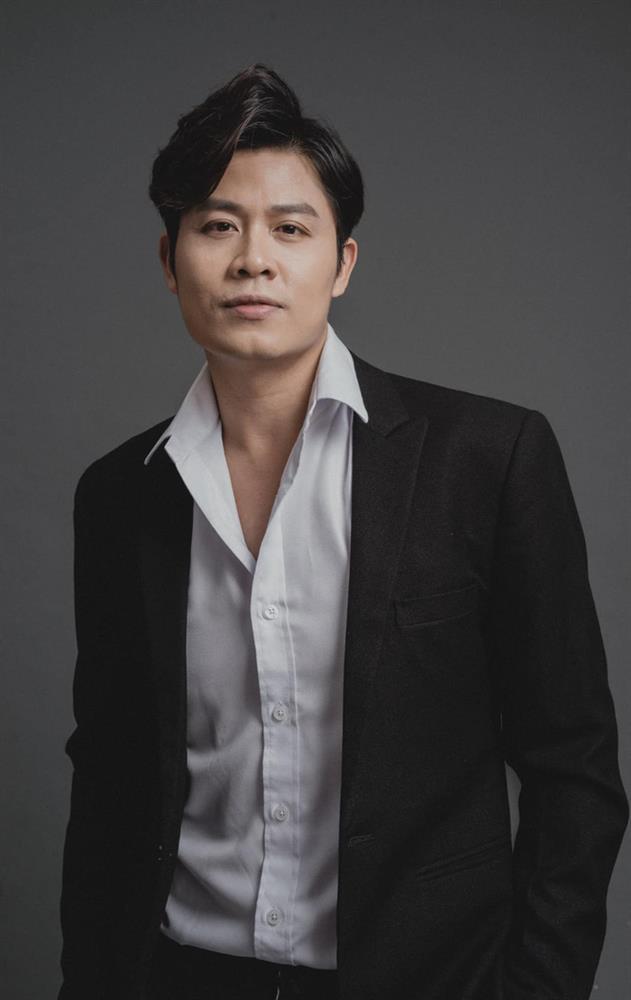 Bị bóc mẽ khả năng sáng tác, Nguyễn Văn Chung trả lời kiểu... tấu hài-1