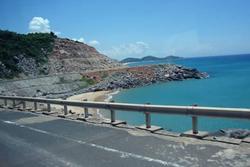 Con đường ven biển dẫn đến cực Đông ở Phú Yên