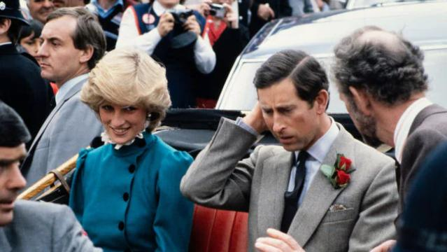 Ngoại tình, Công nương Diana từng định bỏ trốn với cận vệ-2
