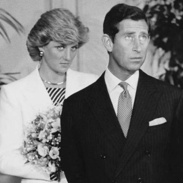 Ngoại tình, Công nương Diana từng định bỏ trốn với cận vệ-4