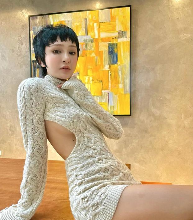 Hiền Hồ diện áo crochet khoe vòng 1 nhưng nốt ruồi ở vị trí ứ ừ mới chiếm spotlight-1