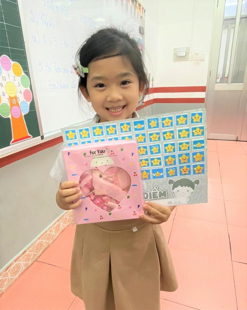 Con gái Mai Phương học giỏi, càng lớn càng giống mẹ-1