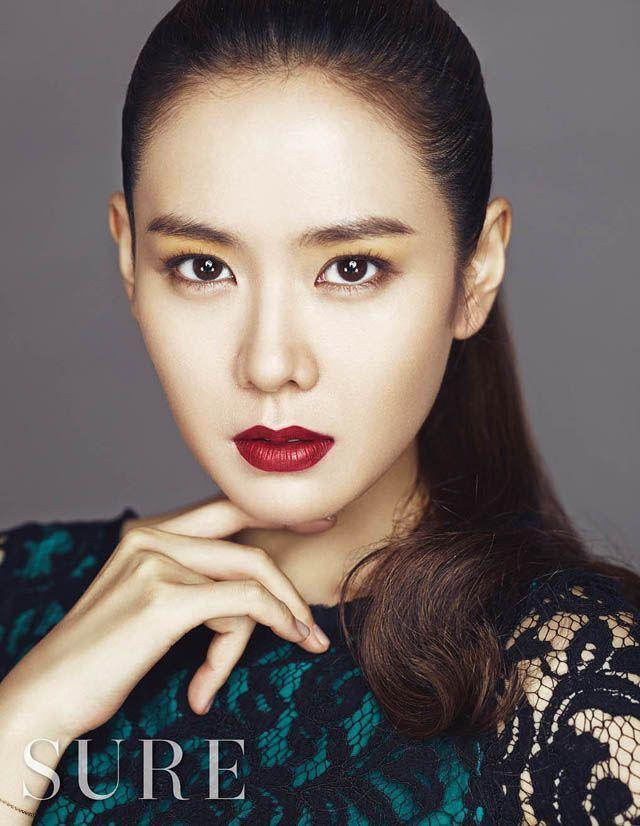 Son Ye Jin trẻ xinh là thế nhưng cứ đánh son đỏ là bị dìm thậm tệ-6