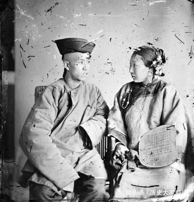 Hủ tục đáng sợ phổ biến thời Thanh: Người nghèo ký hợp đồng thuê vợ về sinh con-1