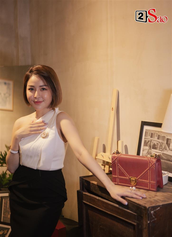 Lục túi hot girl Trâm Anh: Trong túi hiệu 100 triệu chỉ có đúng... 1 tờ 20k?-3