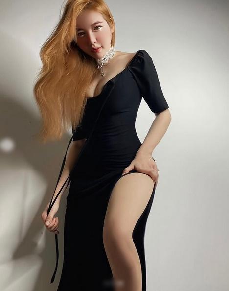 Elly Trần: Body như ma-nơ-canh, mặt đơ giống Park Bom phẫu thuật lỗi-3