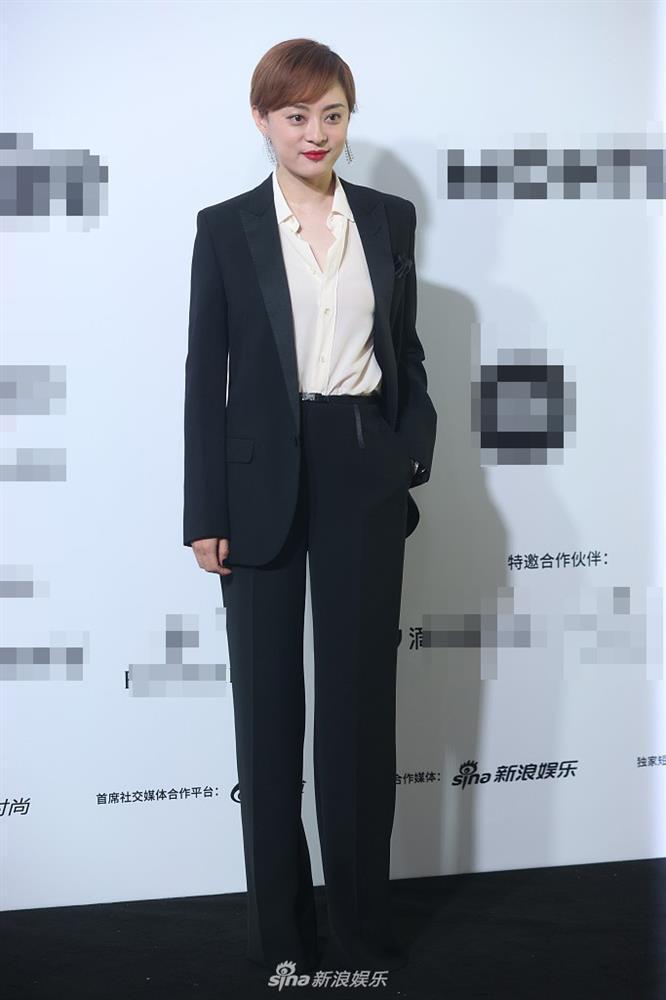 Sự kiện duy nhất ở Cbiz toàn bộ nghệ sĩ nữ đều mặc Suit-5