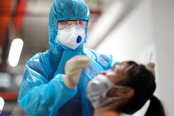 Sáng 3/6, TP.HCM thêm 18 người nghi mắc COVID-19, 1 người là nhân viên y tế