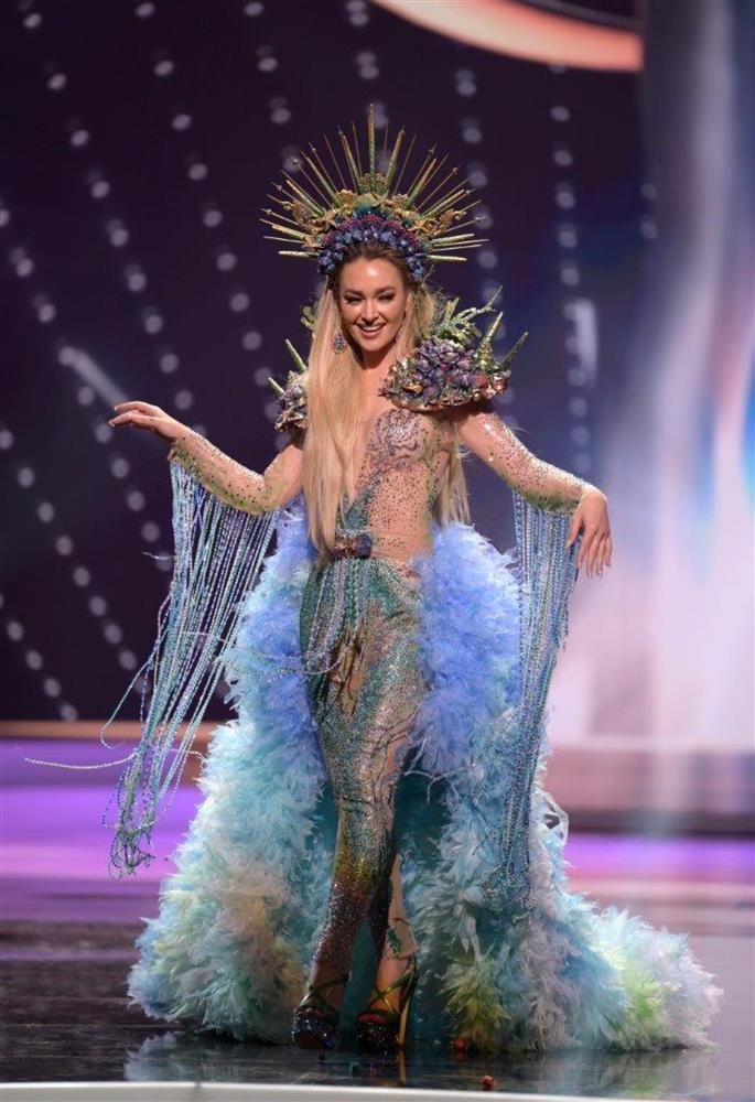 Thí sinh Miss Universe 2020 bị vạch trần chơi xấu: Tài sắc có gì nổi bật?-9