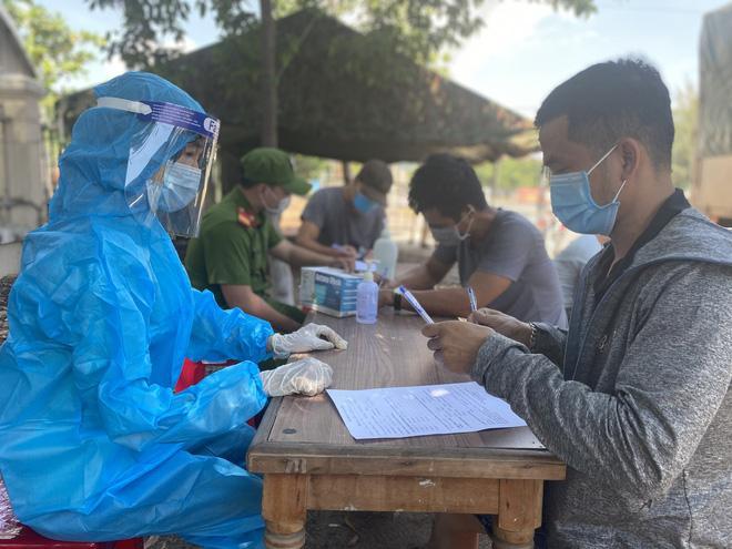 Khẩn: Đà Nẵng cách ly 21 ngày, thu phí đối với tất cả người về từ TP HCM-1