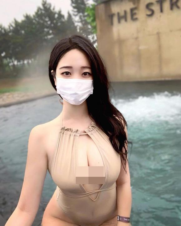 Gái xinh xứ Hàn nổi như cồn nhờ mặc đồ bơi gợi cảm-3