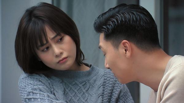 Loạt áo len nhìn là hốt của Phương Oanh trong Hương Vị Tình Thân phát sóng giữa hè-4