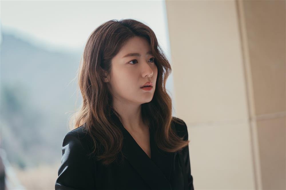 Tạo hình ấn tượng của mợ ngố Song Ji Hyo trong phim mới-3