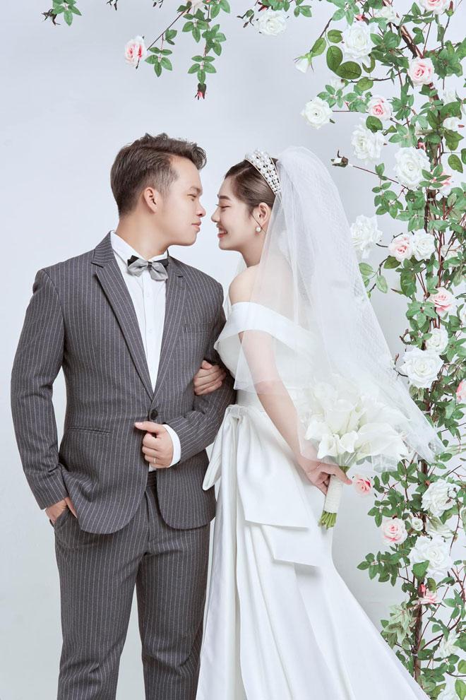 Cặp đôi hoãn cưới 2 lần vì COVID-19, đưa con chụp ảnh cưới cuối cùng vẫn toang-5