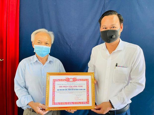 Hoài Linh giải ngân xong 15,2 tỷ, kết thúc cứu trợ miền Trung bão lũ giữa mùa hè-1