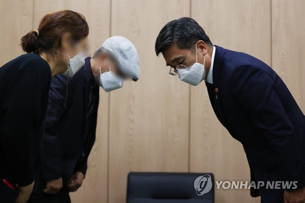 Chấn động: Nữ sĩ quan trẻ Hàn Quốc tự tử vì bị đồng nghiệp tấn công tình dục nhiều lần-3
