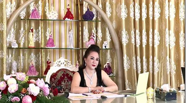 Bà Phương Hằng kể chuyện từ thiện: Tôi ủng hộ mỗi năm 200 - 300 tỷ vẫn bị chửi-3