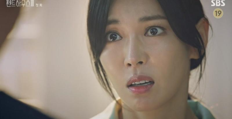Penthouse 3 tập 1: Vì Rona mà Seok Kyung hắc hóa, Ju Dan Tae chết hụt 2 lần-2
