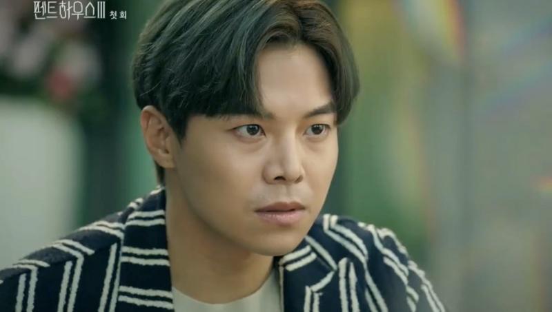 Penthouse 3 tập 1: Vì Rona mà Seok Kyung hắc hóa, Ju Dan Tae chết hụt 2 lần-10