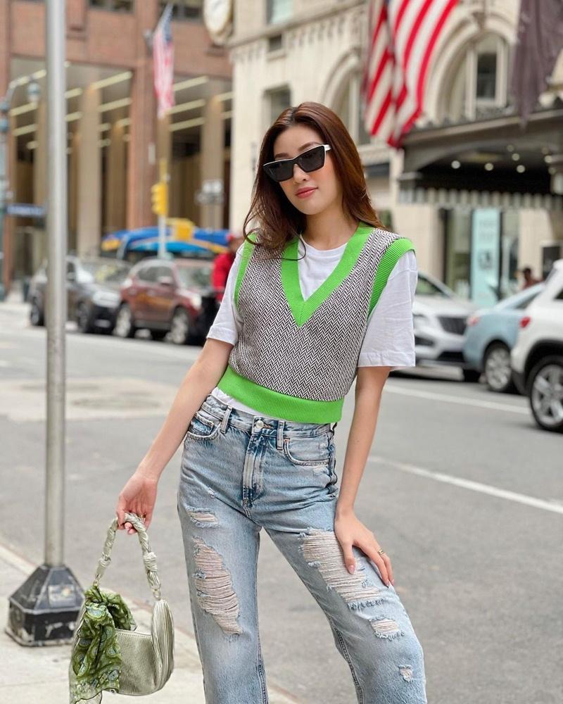 Style cuối tuần: Diệp Lâm Anh hack tuổi như gái teen - Lan Ngọc diện màu hot nhất năm-3