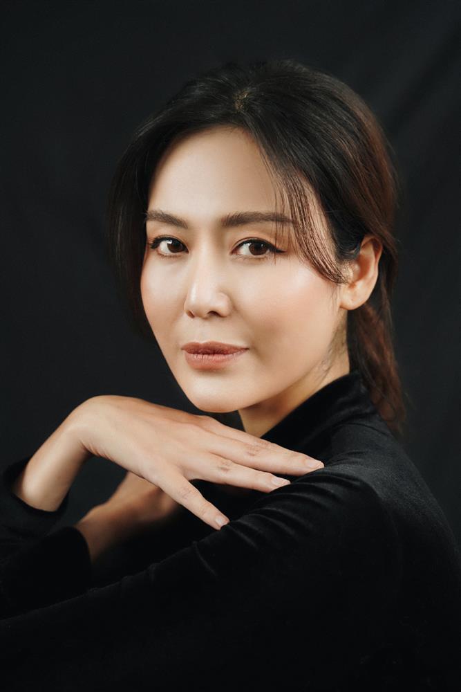Hoa hậu Thu Thủy viết status hạnh phúc trước khi qua đời
