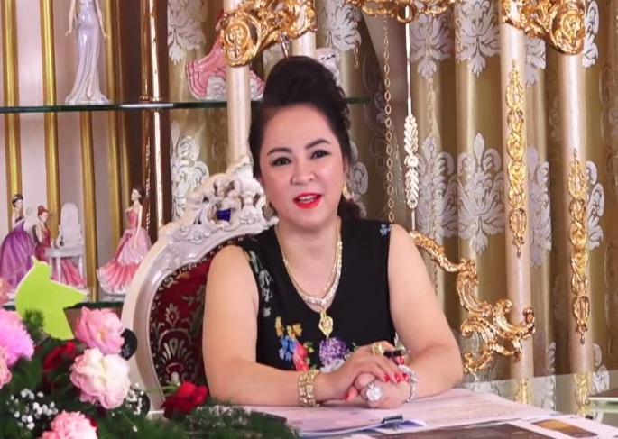 Phi Nhung lên tiếng sau livestream lật tẩy Phi Phi của bà Phương Hằng-1