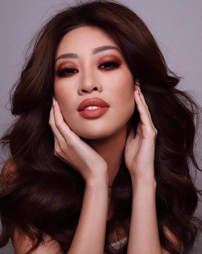 Khánh Vân được chuyên gia make-up của Selena Gomez trang điểm, ai ngờ fan chê không thương tiếc-1