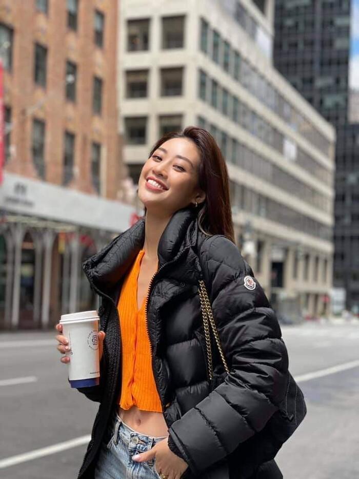 Khánh Vân được chuyên gia make-up của Selena Gomez trang điểm, ai ngờ fan chê không thương tiếc-5