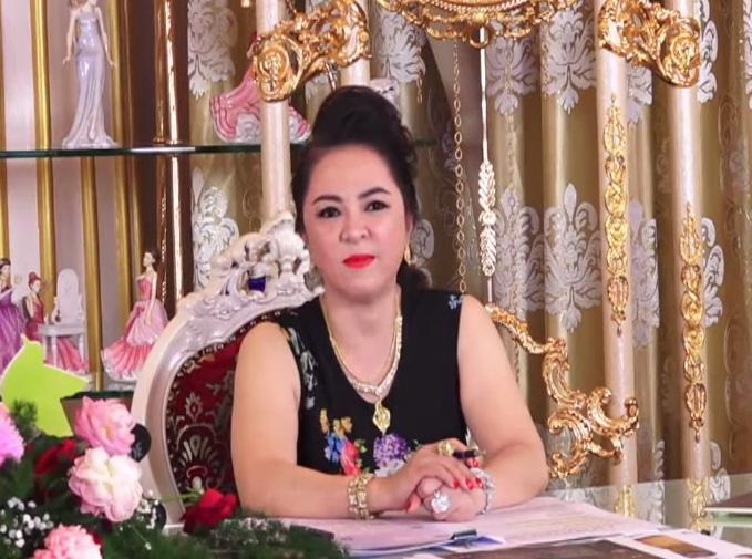 Phi Nhung nhắn bà Phương Hằng: Em không làm gì có lỗi với lương tâm-3