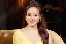 Vy Oanh bị 'dùng trò bẩn bịt miệng' sau drama với bà Phương Hằng