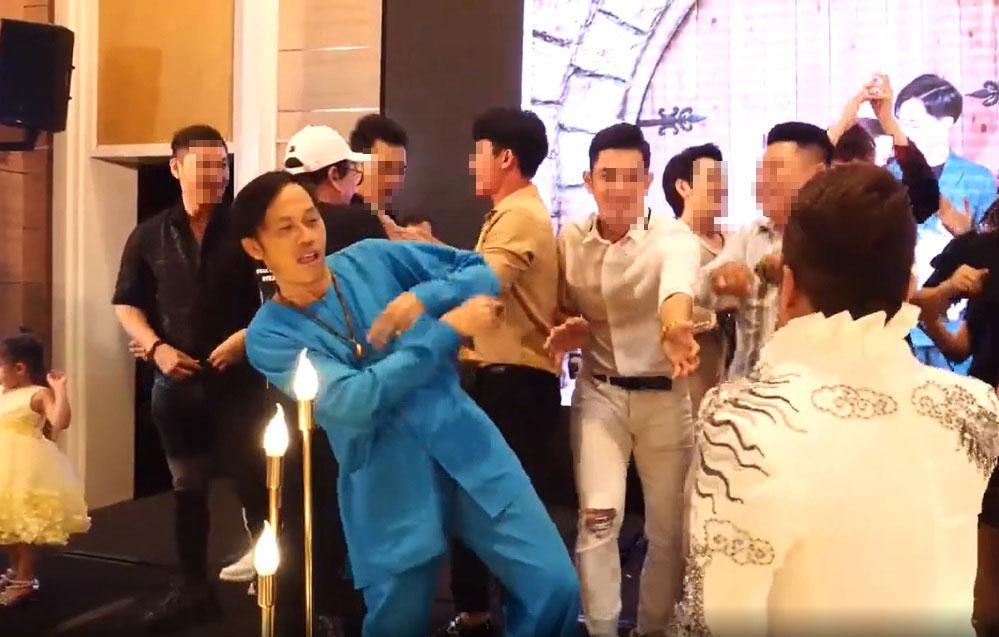Tiktoker Trương Quốc Anh bị fan Hoài Linh đánh sập livestream?-1