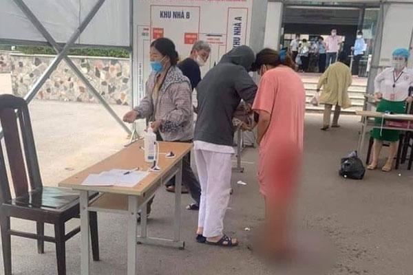 Hà Nội: Đang khai báo y tế, sản phụ trẻ chuyển dạ sinh con ngay tại chốt-1