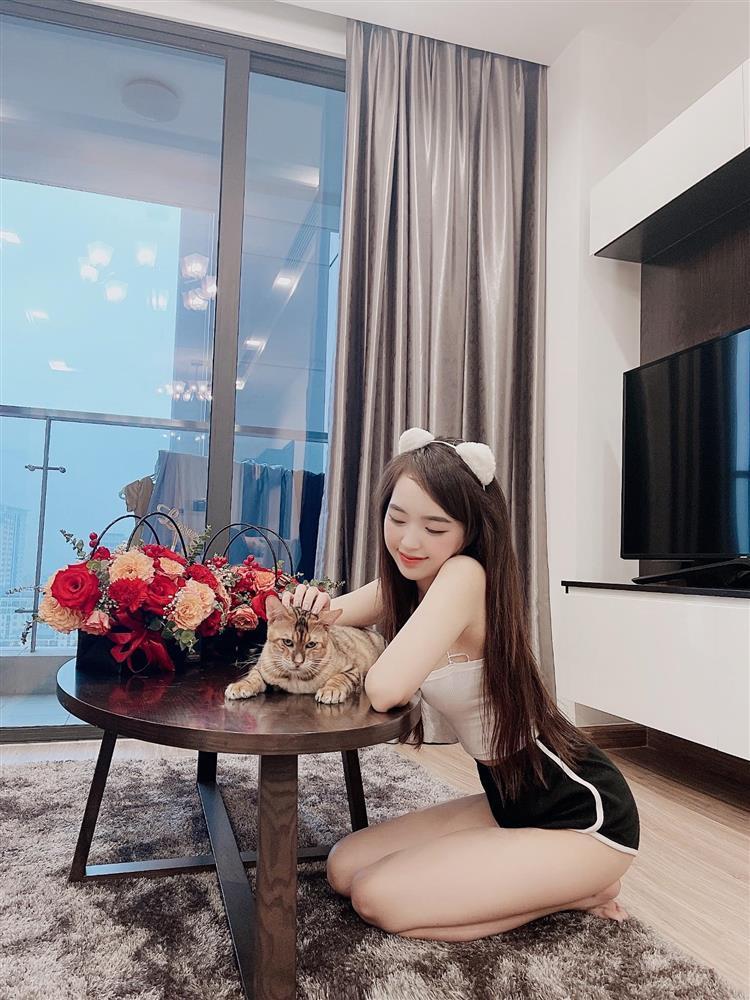 Hot girl Lê Phương Anh đang nổi đình đám mạng xã hội là ai?-5