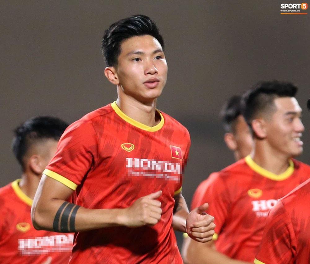 Vì sao Văn Hậu chỉ đá 11 phút nhưng là nỗi ác mộng của tuyển Indonesia?-2