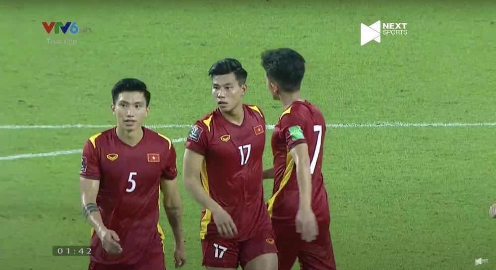 Trợ lý tuyển Việt Nam tiết lộ cầu thủ Indonesia muốn triệt hạ Văn Hậu-1