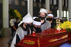 Em trai Hoa hậu Thu Thủy: 'Chị an tâm ra đi, em sẽ chăm sóc hai cháu'