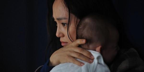 Chồng với tình nhân cùng qua đời, bố anh ta gọi tôi đến rồi chỉ vào đứa bé nằm trong nôi-2