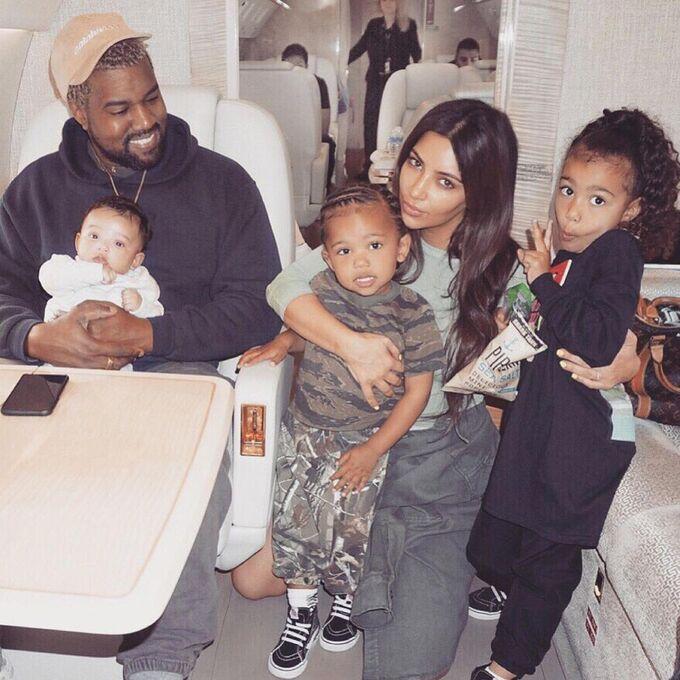 Kim Kardashian nói yêu Kanye West trọn đời dù vừa đâm đơn ly dị-1